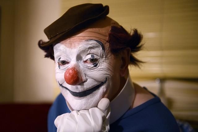 oscar winning clown etaix dies aged 87
