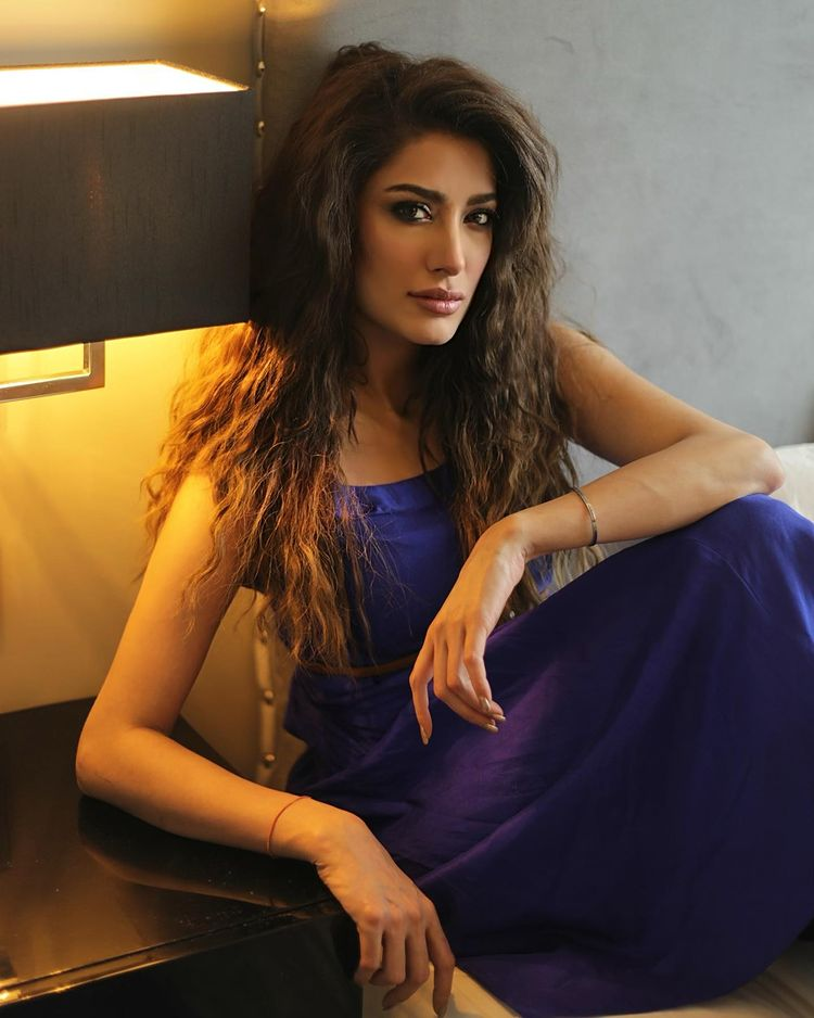who i choose to marry is my personal decision mehwish hayat