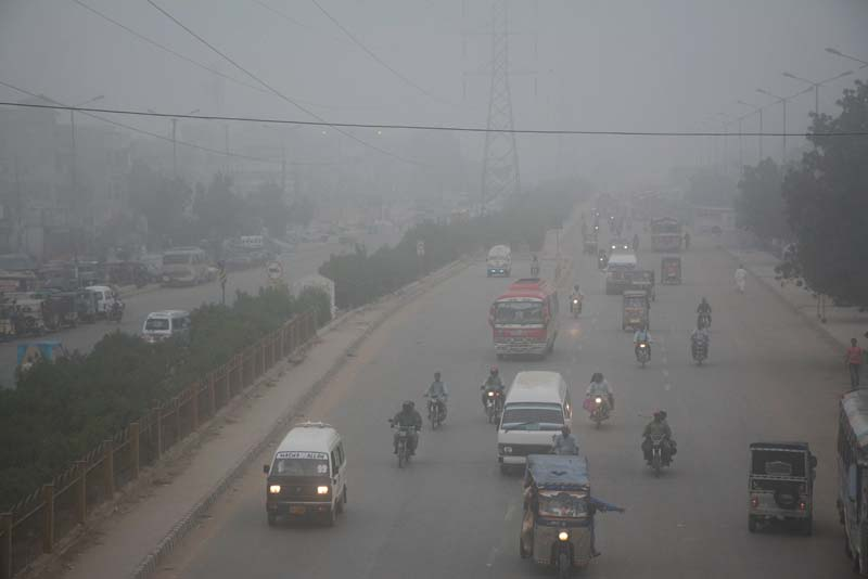unexpected arrival fog disrupts air traffic