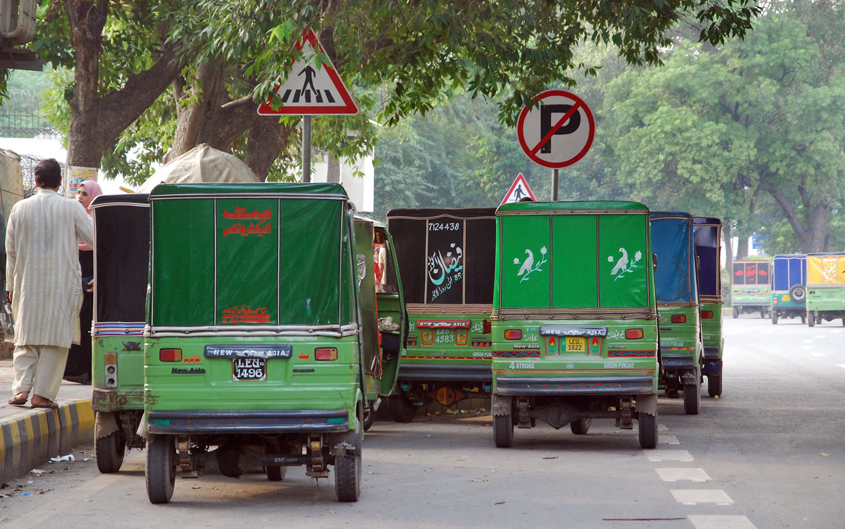 drivers reject ban on plying rickshaws on metro route