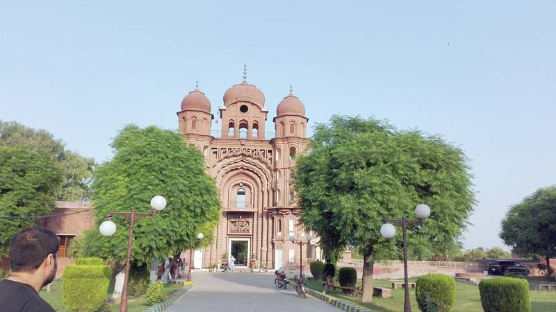 gurdwara rori sahib 200 year old sikh temple shines to date