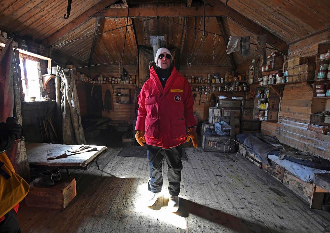 kerry becomes first us top diplomat to visit antarctica