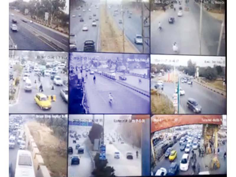 rush hour on facebook police live streams traffic logjams