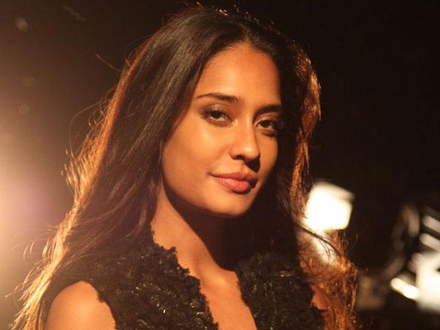 lisa haydon opens up about being bullied