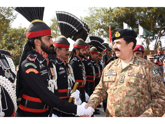 pakistan army ready for conventional war says gen raheel