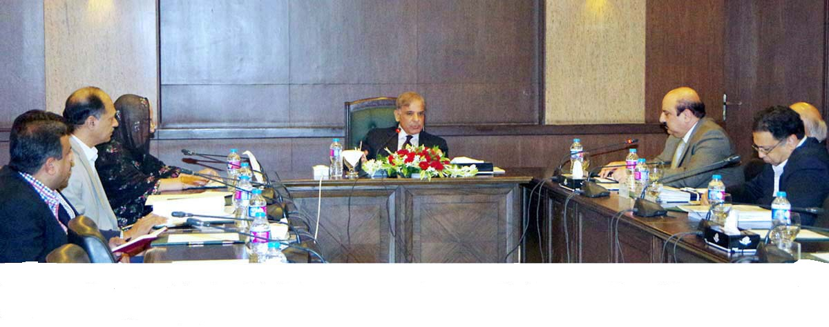 educational aid cm approves buying 150 000 laptops