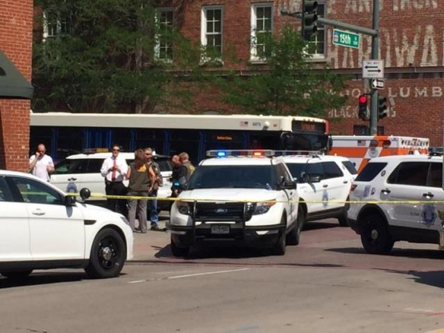 st louis police officer shot in face critically wounded in ambush