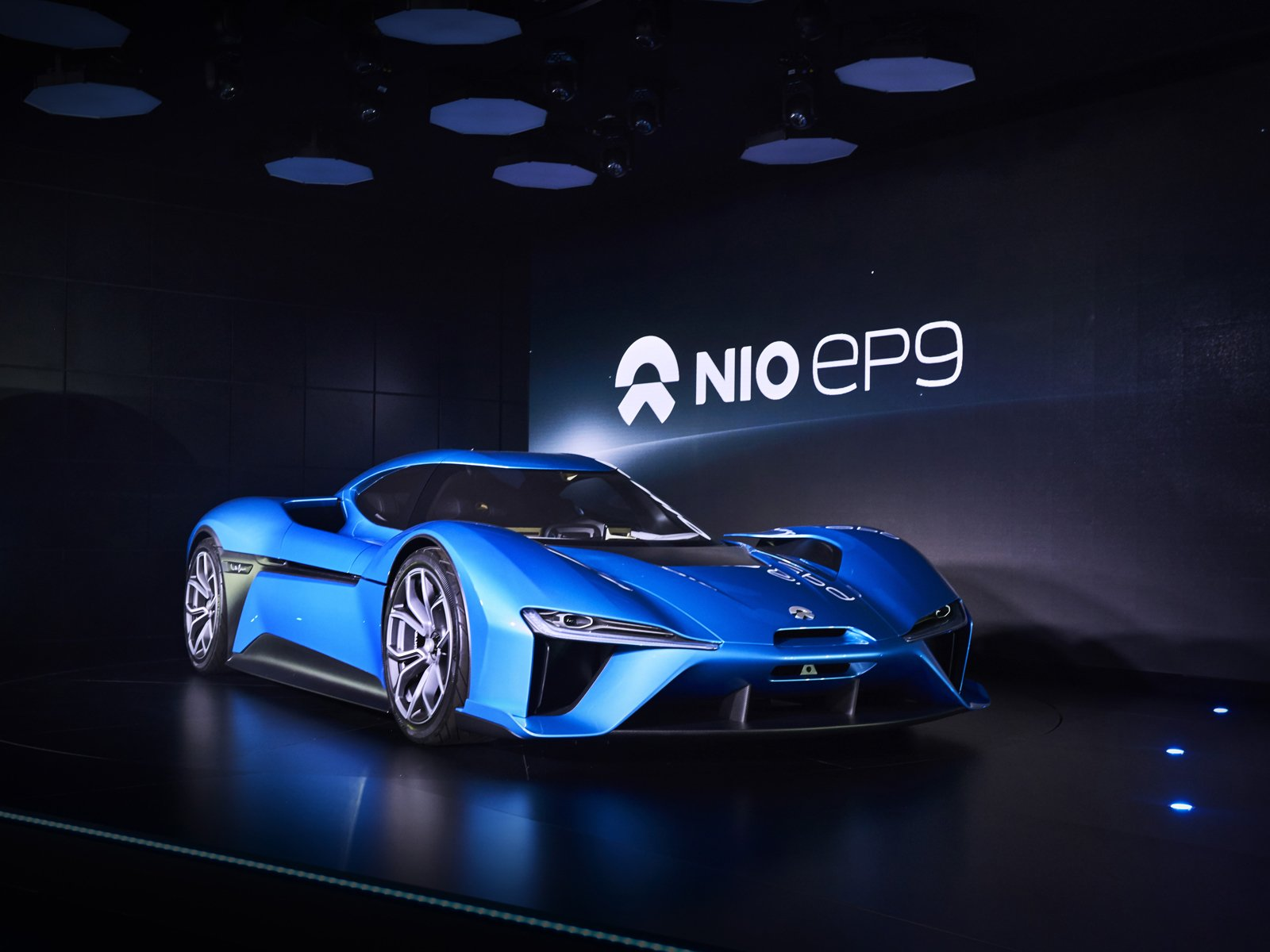 chinese automaker unveils world s fastest electric car