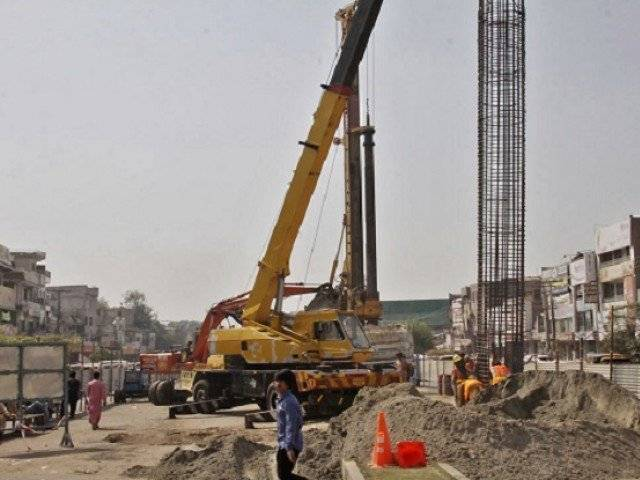 govt sets deadline for orange line contractors