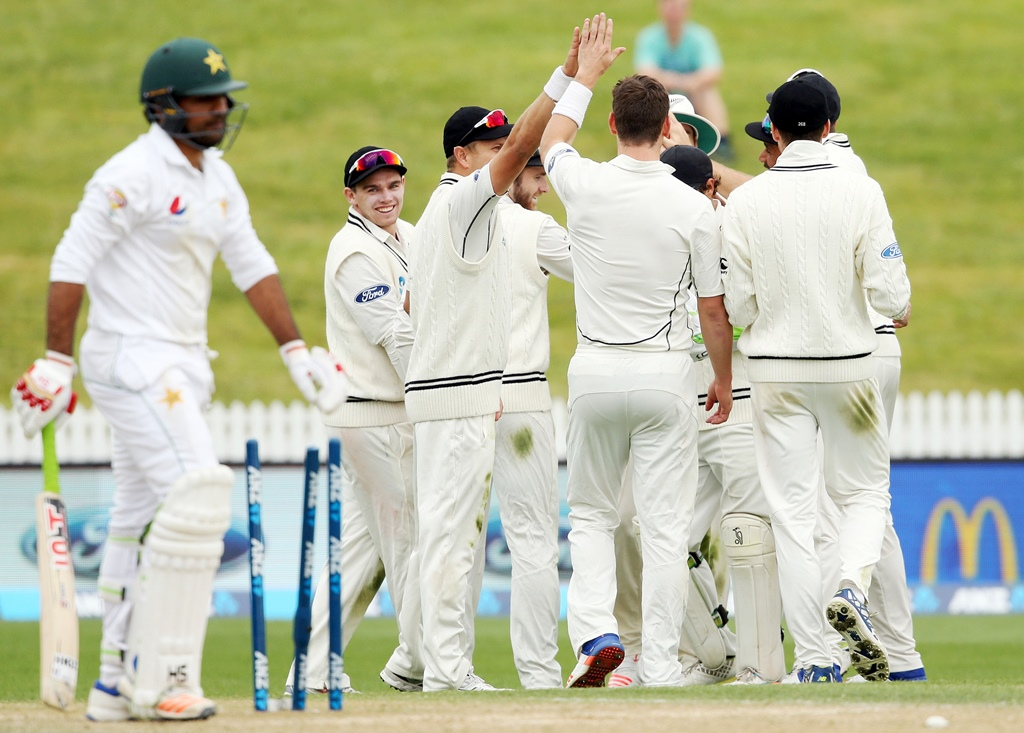 after 2 0 defeat to nz pakistan drop to fourth in tests