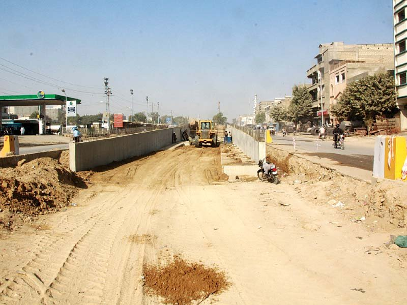 A view of the Orange Line BRT, which is currently under construction. It was named as 'Abdul Sattar Edhi Line' on Tuesday. PHOTO: ATHAR KHAN/EXPRESS