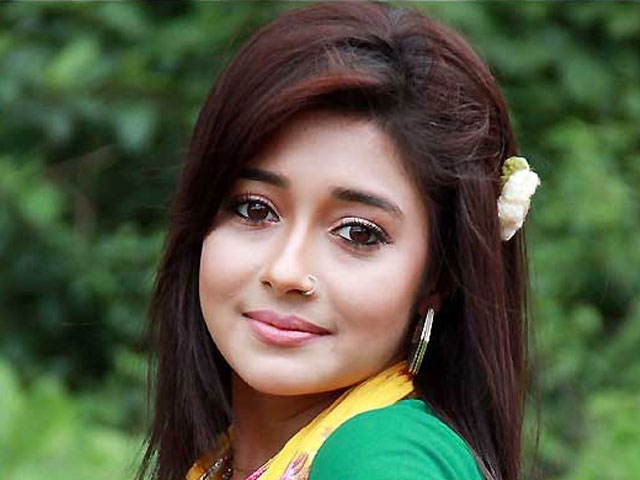 indian television actor harassed on mumbai rajkot flight