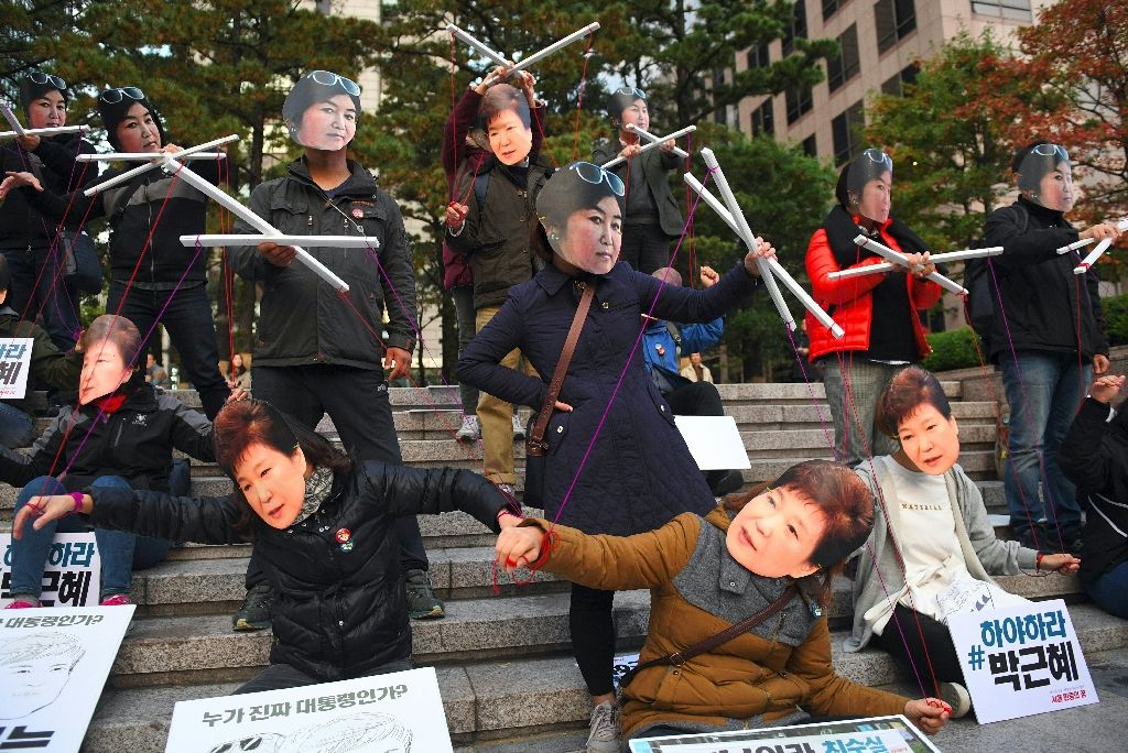 south korea protesters push for president s ouster