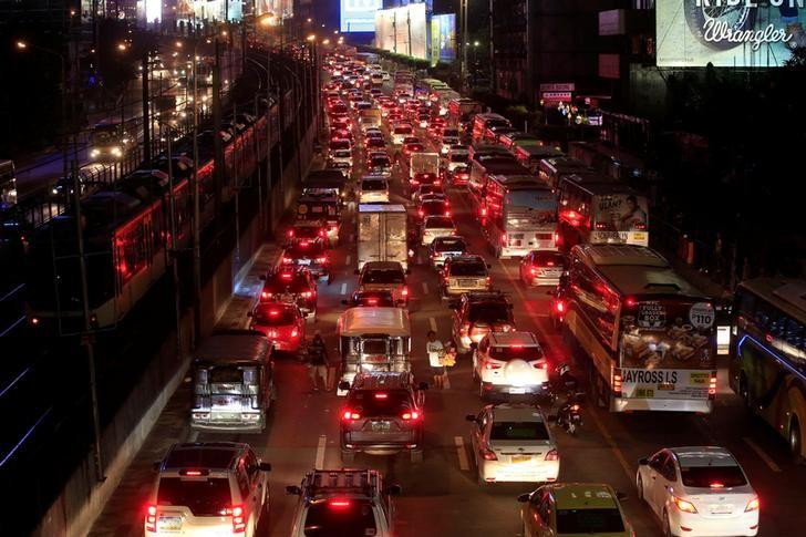 Vehicles are seen during heavy traffic on Epifanio Delo Santos Avenue (EDSA) in metro Manila, Philippines. PHOTO: REUTERS