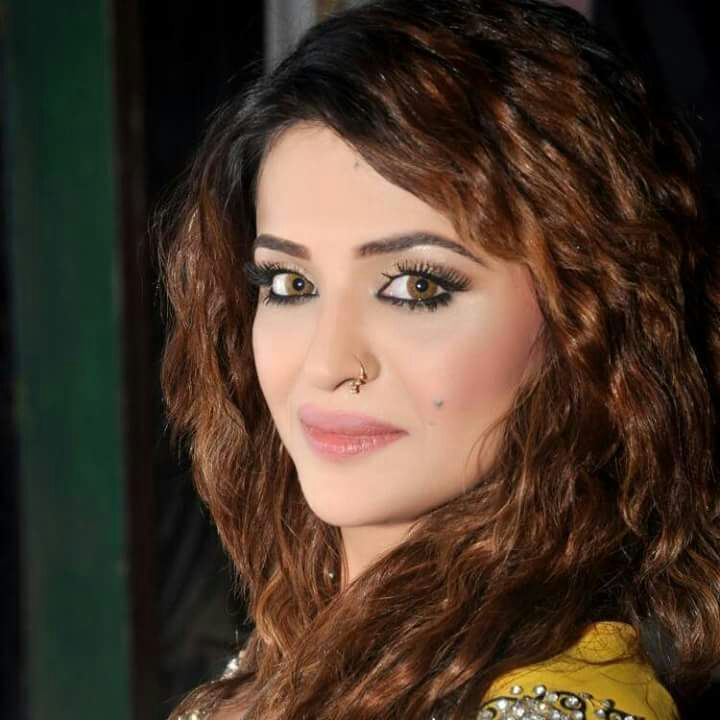 actor soha ali accuses producer of rape