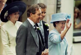 Princess Margaret S Ex Husband Photographer Lord Snowdon Dies