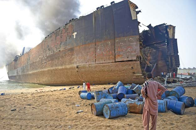 The Gadani fire claimed the lives of 28 workers and injured 42 others, according to the NTUF. PHOTO: FILE