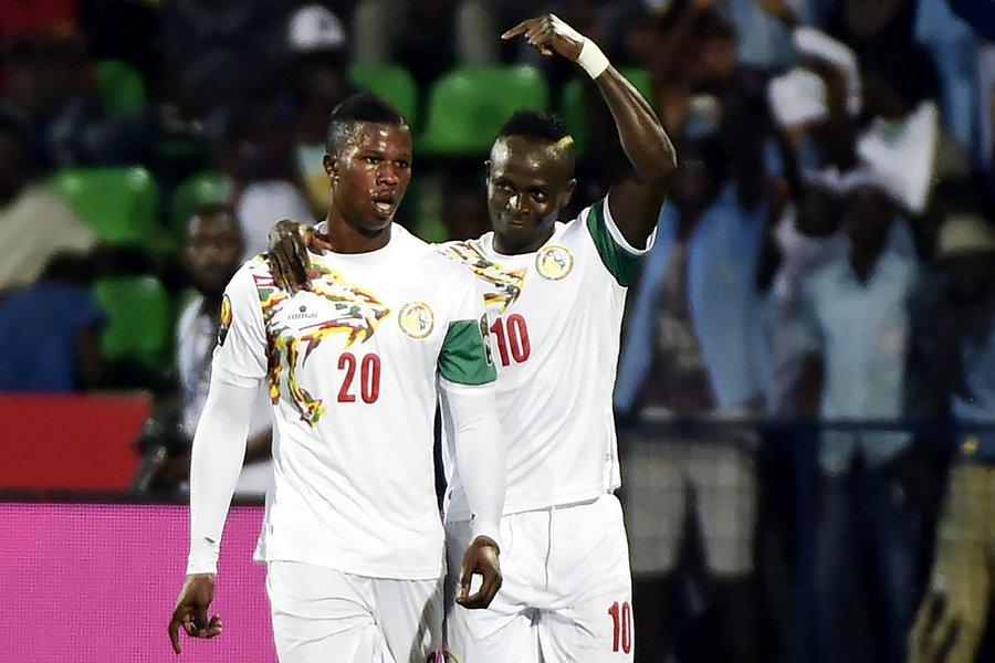 mane stars as senegal reach afcon quarter finals