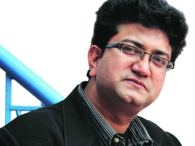 disappointed with bollywood songs demeaning women prasoon joshi