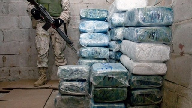 narcotics control drug dealer arrested during raid