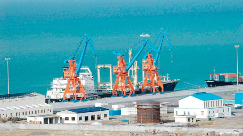 CPEC can help expand trading relationships for Pakistani producers across several countries. China exported more than 14% of the total global value in 2015. PHOTO: FILE