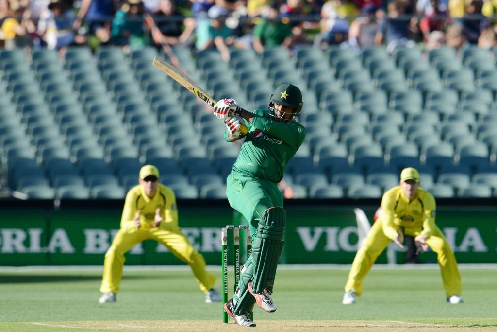 australia wrap up pakistan odi series 4 1