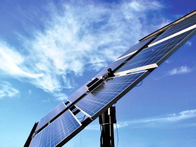 faced with blackouts pakistan s largest public park goes solar
