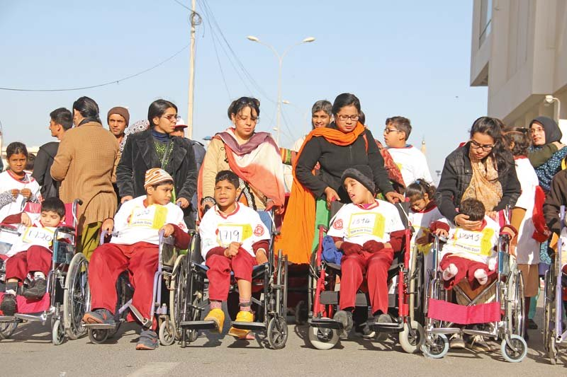 the second lakson investments special olympics pakistan unified marathon drew massive crowds on sunday photos ayesha mir express