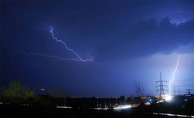 prime minister nawaz sharif on friday directed the pakistan meteorological department pmd to submit an explanation regarding its failure to predict the thunderstorms that struck punjab khyber pakhtunkhwa photo online