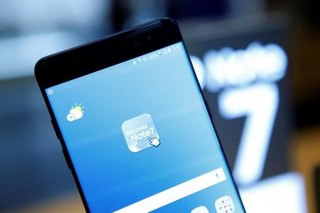a samsung electronics 039 galaxy note 7 is seen at the company 039 s headquarters in seoul south korea october 10 2016 photo reuters