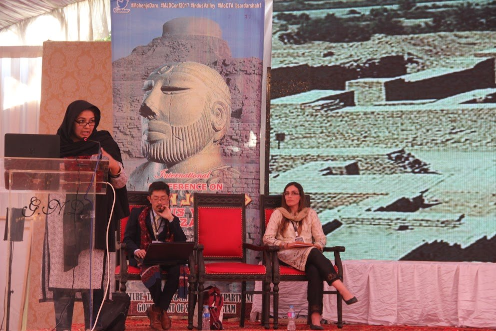 Dr Uzma Rizvi explores sociopolitical aspects of urbanism in Mohen Jo Daro. PHOTO: AYESHA MIR