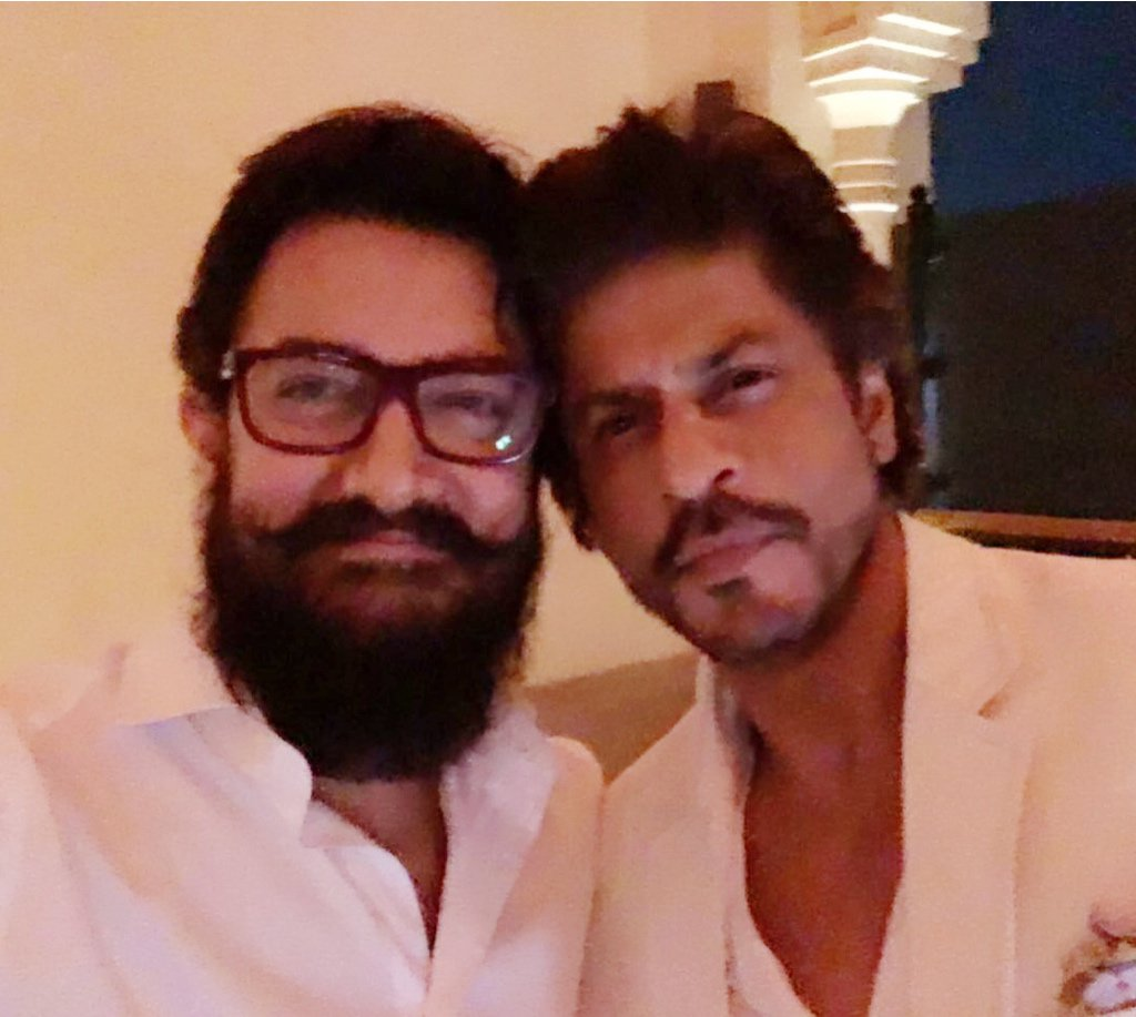 aamir khan and shah rukh khan photo twitter
