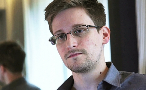 russia may hand over snowden to trump report