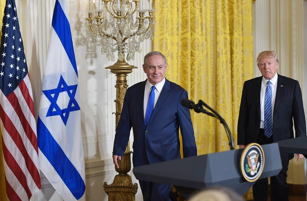us president donald trump and israel 039 s prime minister benjamin netanyahu take arrive for a joint press conference in the east room of the white house on february 15 2017 in washington dc photo afp
