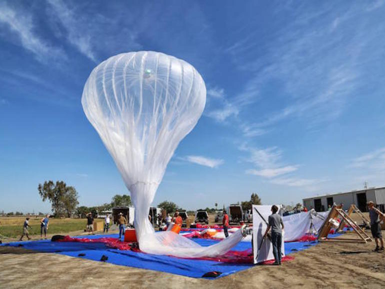 google 039 s giant helium filled balloons act as floating mobile base stations beaming high speed internet to areas beyond the reach of ground based telecommunication towers photo google