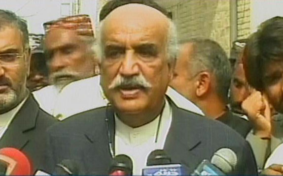 leader of the opposition in national assembly khurshid shah talking to media in sukkur on february 19 2017 express news screen grab