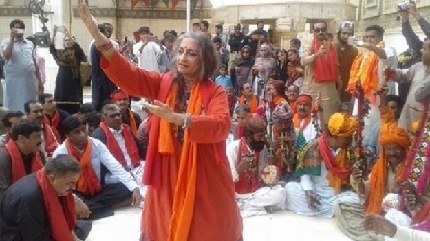 nobody can stop dance and music sheema kermani