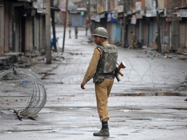 four killed as indian army convoy ambushed in held kashmir