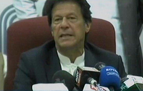pakistan tehreek e insaf pti chairman imran khan addressing a press conference in islamabad on february 23 2017 express news screen grab
