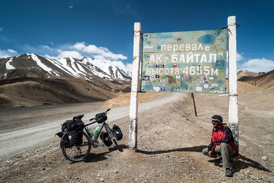 akbaital pass tajikistan photo courtesy kamran on bike