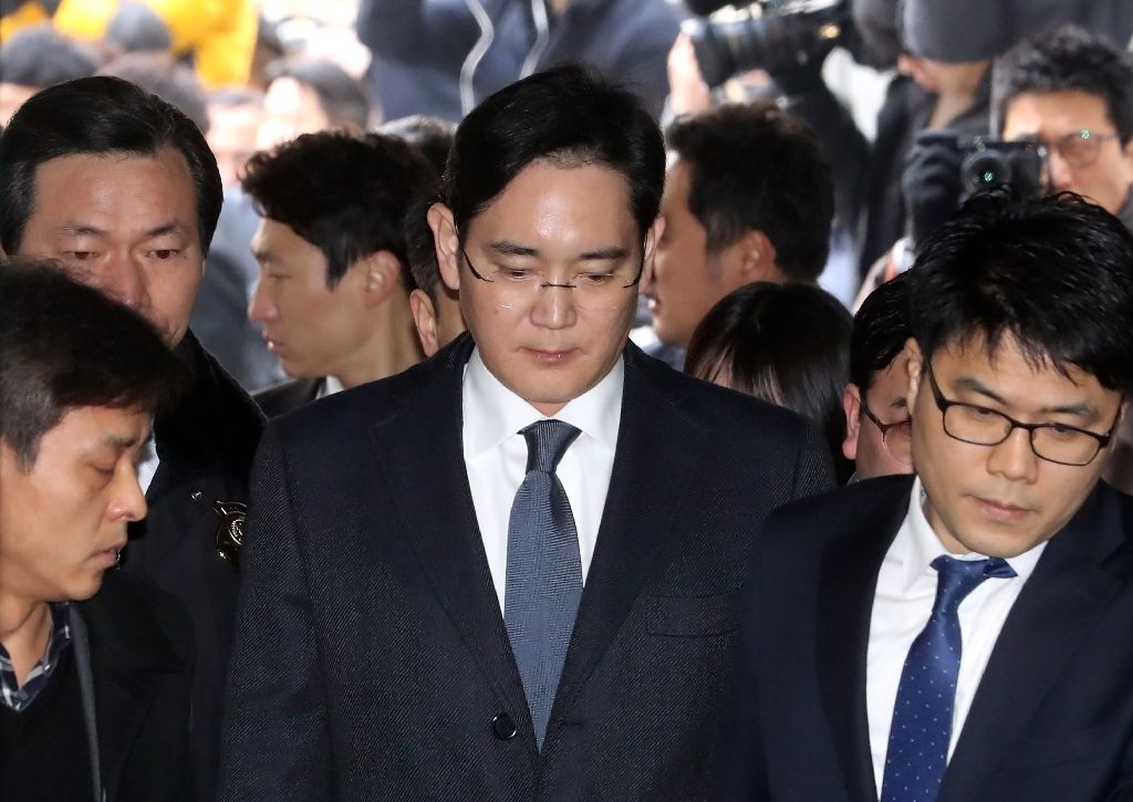 samsung heir indicted for bribery embezzlement prosecutors