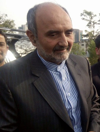 iranian envoy calls on coas appreciates pakistan s efforts to eliminate terrorism