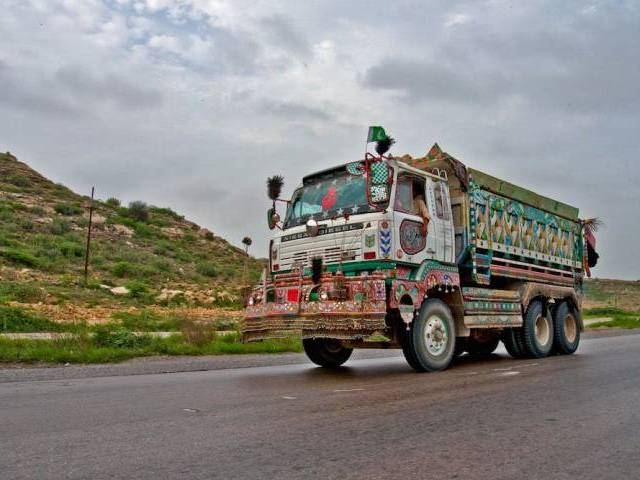 exports to afghanistan find way back to pakistan