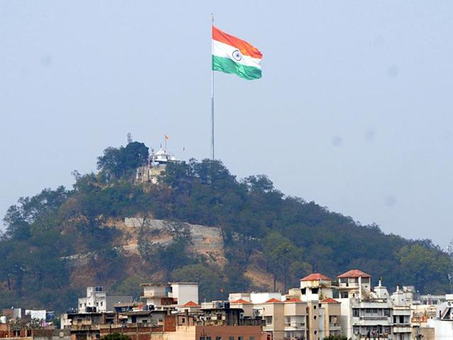 pakistan claims india s tallest flag an instrument for espionage