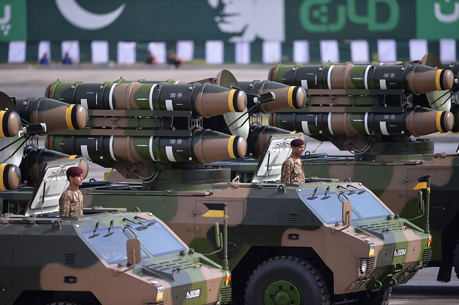 pakistan army inducts chinese made mobile air defence system