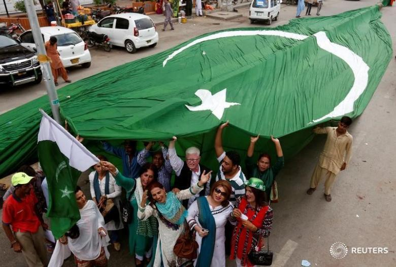 5 things you need to know about pakistan s first census in 19 years