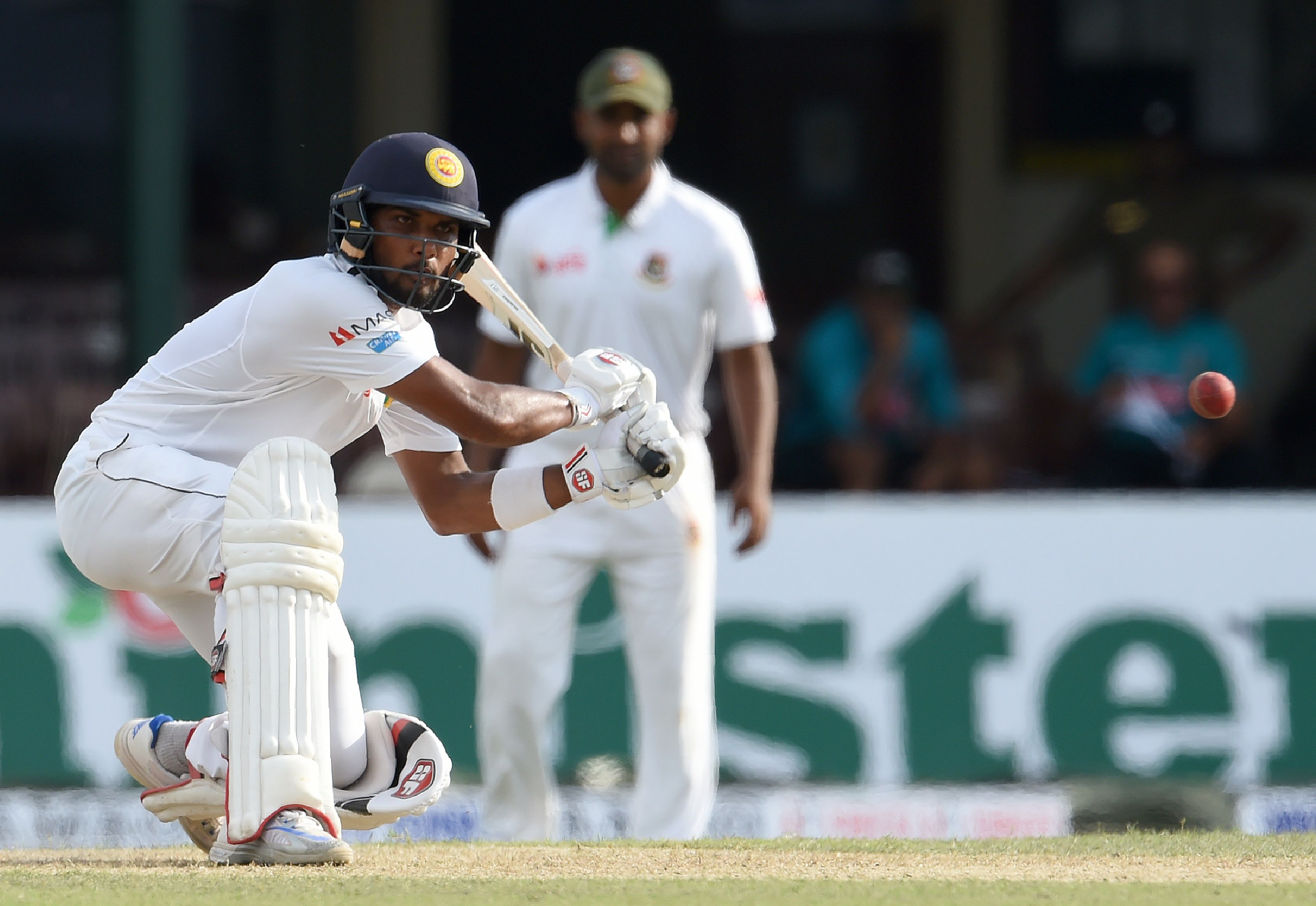 chandimal helps sri lanka recover after quick early wickets