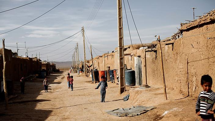 un praises iran s exemplary refugee efforts