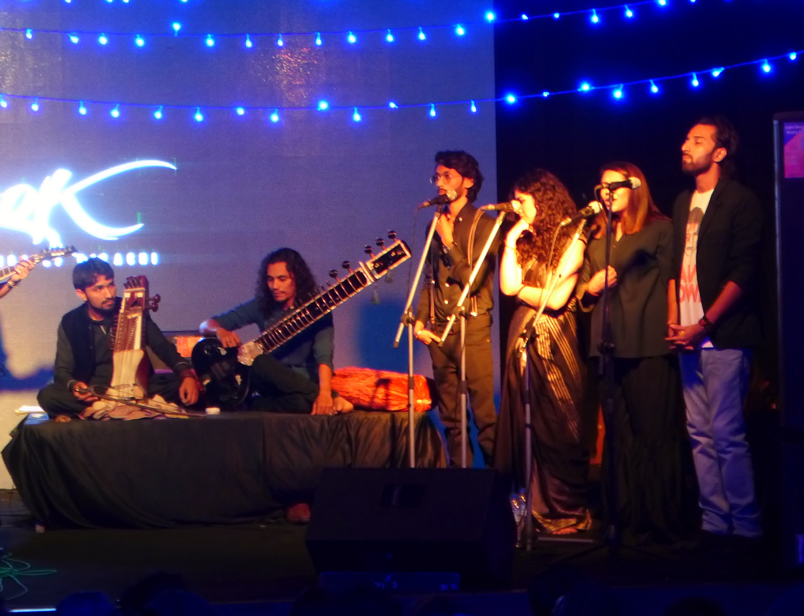 sounds of kolachi concert the night was laced with sufi beats