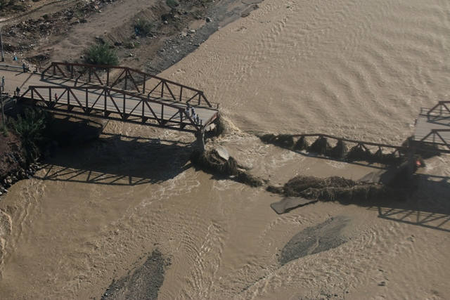 flooding kills 11 in angola